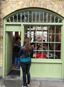 green arch shop (2)